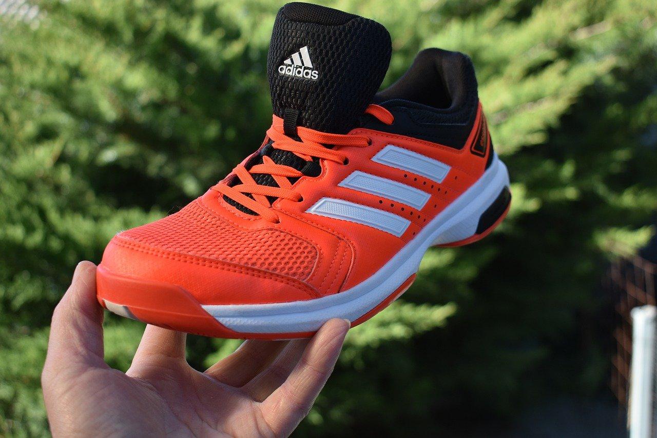 נעלי ריצה אדידס